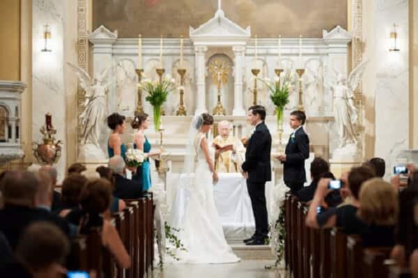 Tổ chức lễ cưới trong nhà thờ cần lưu ý những gì?