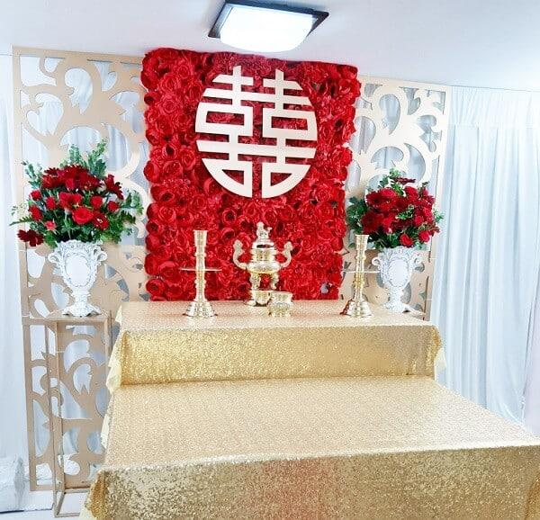 Các kiểu cắm hoa bàn thờ ngày cưới
